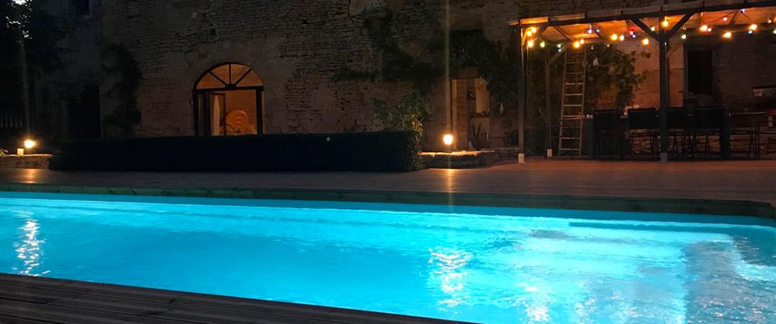Cuisine d'été et piscine chauffée